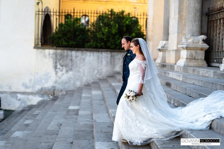 uscita dalla chiesa sposi