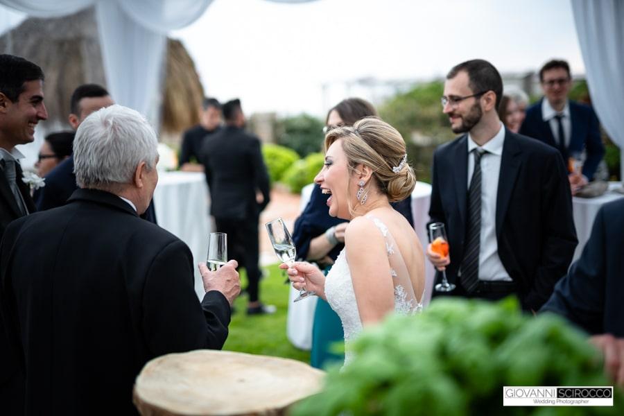 Brindisi con gli invitati Sposi